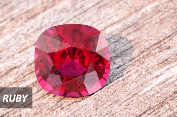 Spinel gems in Chiang Mai